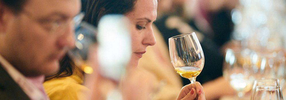 Wine Pleasures announces the 50 Great White Wines of the World 2021 winners